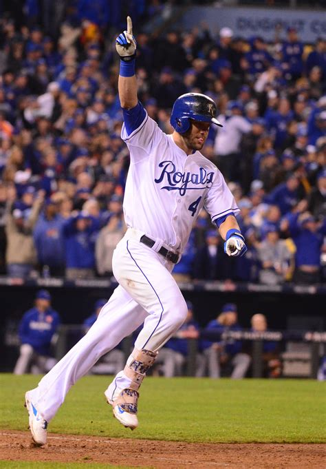 alex gordon house royals re sign alex gordon mlb trade rumors