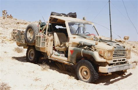 military land cruiser militarylc70