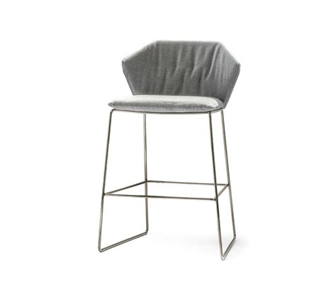 bar stools new york new york low stool bar stools from saba italia architonic