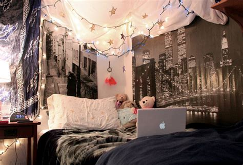 City Lights Wallpaper For Bedroom Beautiful Bedrooms Cool Bedrooms Room Bedroom Diy Rooms Bed Room Bed Rooms Ljio