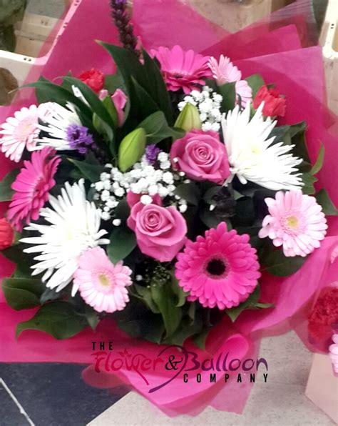 mum flower arrangement pink jpeg gerbera roses baby s breath and chysanths bouquet flowerandballooncompany