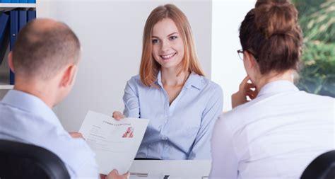 preguntas que una mujer no puede responder las preguntas que debes contestar y las que no en una