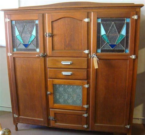 Vintage Kitchen Dresser by Best 25 Kitchen Dresser Ideas On