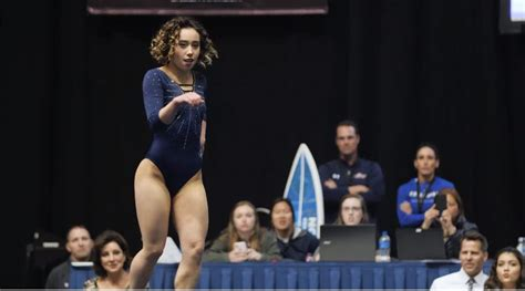 katelyn ohashi viral floor watch this gymnast s perfect 10 floor routine has the