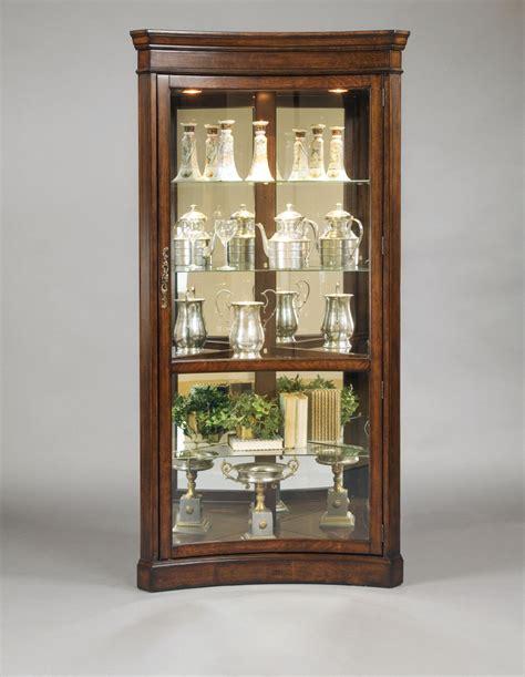 pulaski corner curio cabinet pulaski toscano concave corner curio cabinet 21375