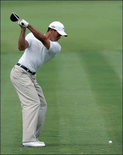 tiger woods perfect swing 16 best images about tiger woods number one player in