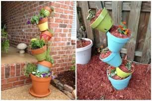 Superbe Idee Deco Terrasse Jardin #4: deco-jardin-pots-en-terre-cuite-fleurs-bois-briques-parement.jpg