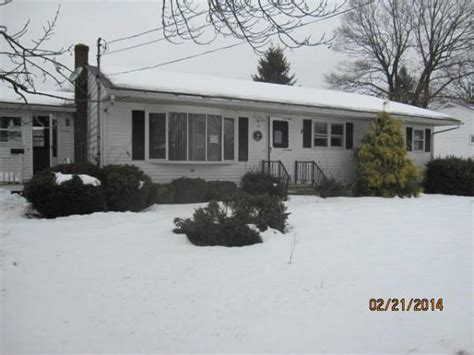 houses for sale in rumford ri 12 lynn ave east providence ri 02914 reo home details reo properties and bank owned