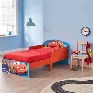 lit de cars comment faire 233 voluer la d 233 co d une chambre d enfant