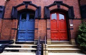 brick house with red door iggy s red door or blue door coalition non answer bc