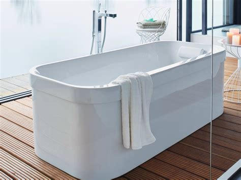 duravit happy d bathtub happy d 2 freestanding bathtub by duravit design sieger design