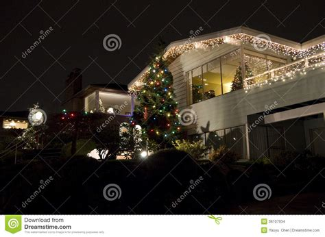 seattle christmas lights neighborhoods seattle neighborhood lights house stock images image 36107934