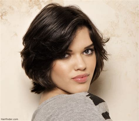 Who Hairstyles by Sporty Layered Bob For To Medium Length Brown Hair