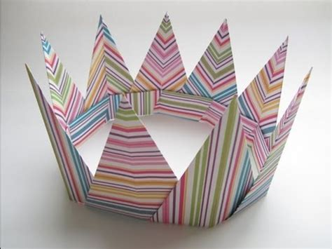 Crown Origami - origami modular spiky crown
