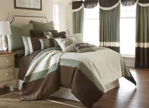 24 size comforter set brown and white