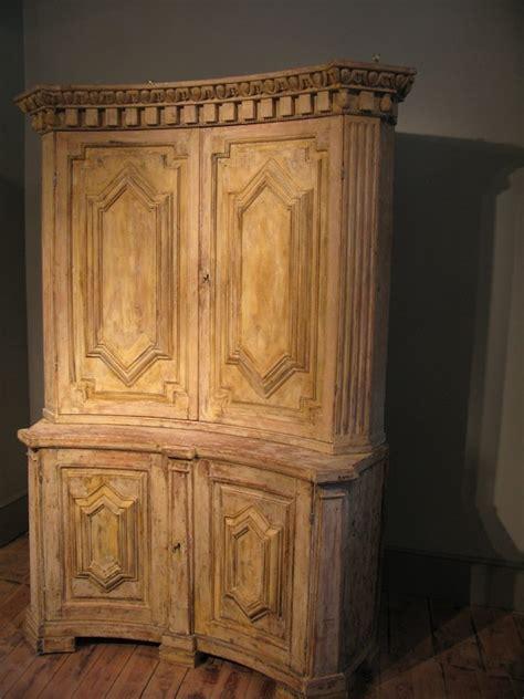 antiker eckschrank aus schweden 18 jahrhundert bei - Antike Eckschränke