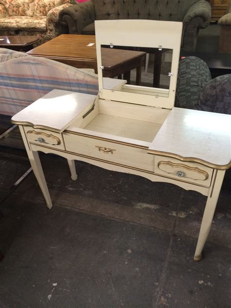 sears french provincial bedroom furniture 1970s sears french provincial vanity