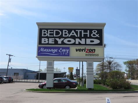 bed bath and beyond store hours bed bath beyond 10 photos department stores 820