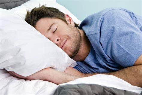 сон фото живого человека на памятнике