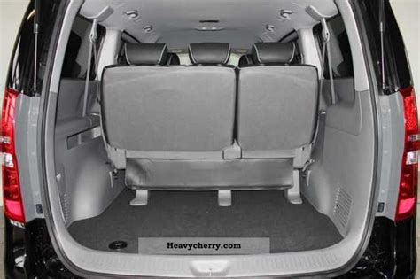 hyundai travel 2 5 crdi h1 premium 8 or 9 seat