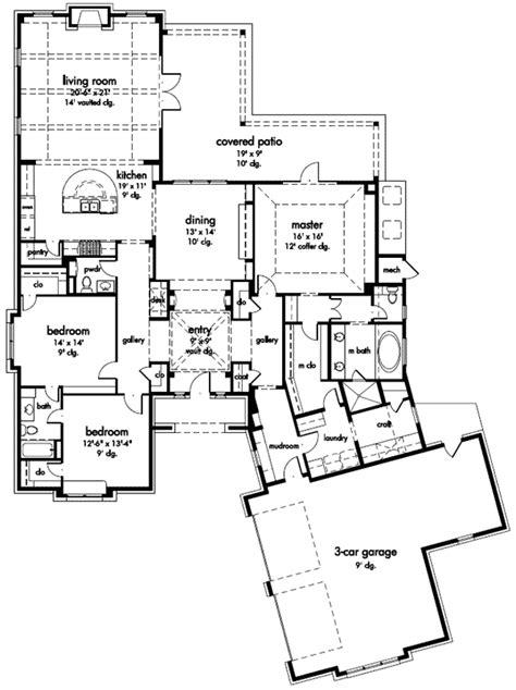 I like the mud room/laundry/craft one story floor plan