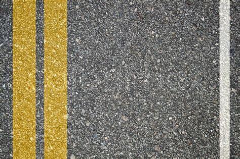 musterbäder bilder muster der asphalt textur mit zwei linien stockfoto