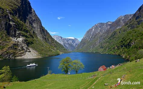 fjord wallpaper download wallpapers from the norwegian fjords norwegian