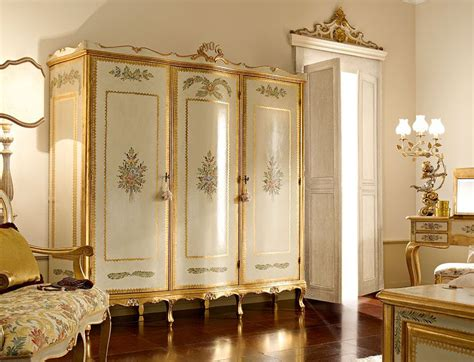 mobili di lusso italiani armadi classici e di lusso in stile veneziano e fiorentino