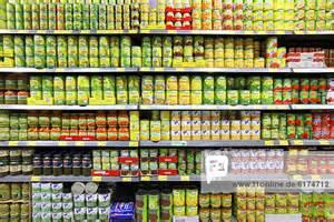 supermarkt regale deutschland europa lebensmittelabteilung