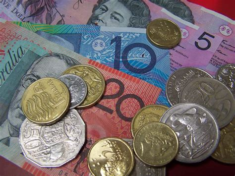 currency aud strong australian dollar hurting farmers abc local
