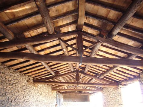 techos decorativos de madera techos rusticos de madera gallery of dormitorio madera