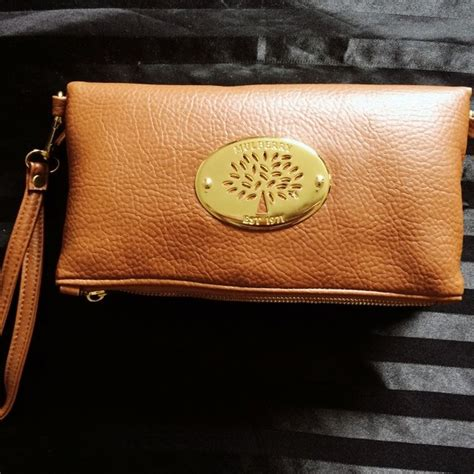 Mulberry For Giles Clutch Bag As Seen On Macdonald At Mojo Awards by Replica Mulberry Clutch Bag Never Been Used Almost