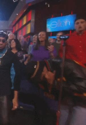 funny dancing gifs find share  giphy