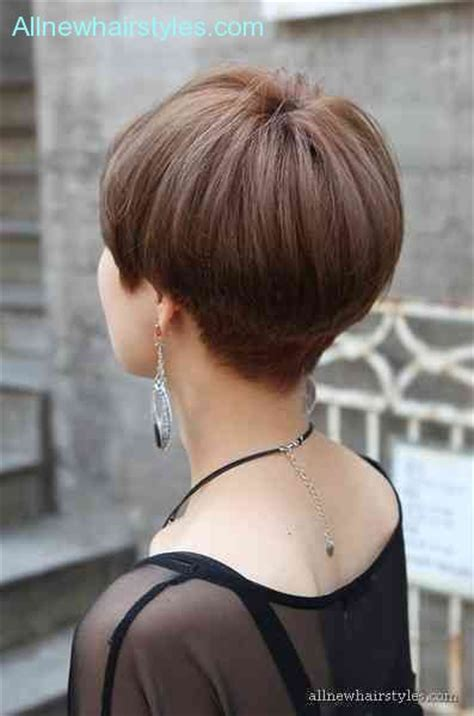 rear views short crops womens short hairstyles with weight line