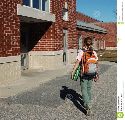 imagenes libres escuela el ir a la escuela im 225 genes de archivo libres de regal 237 as
