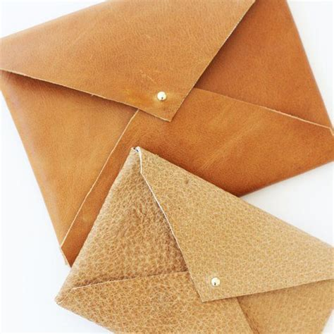 7 Excellent Envelope Clutches by Learn How To Make These Gorgeous Diy No Sew Leather