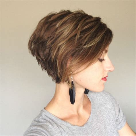 pics of hair cuts were the front is and the back is 25 best ideas about pixie bob hairstyles on pinterest