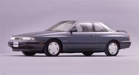 mazda c2 マツダ カペラ 5代目 87 99 歴代モデル初のフルタイム4wd車や4ws車を設定 gd gv