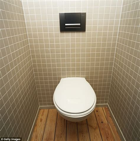 Bathroom Tile Or Around Toilet Dublin Awarded More Than 35 000 After A Poorly