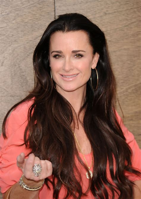 kyle richardson extensions hair kyle richards photos photos premiere of warner bros