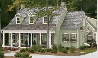 1000 ideas about farmhouse exterior colors on pinterest