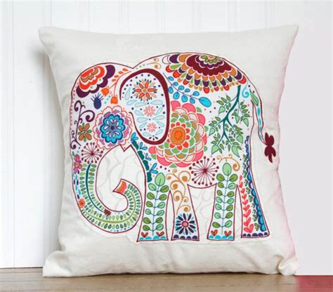 Decorative Elephant Pillows by Best 25 Elephant Throw Pillow Ideas On