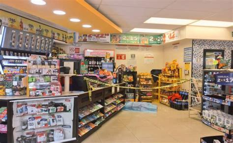 tiendas oxxo san luis potosi asesinan a cajero de oxxo durante asalto en tacubaya el