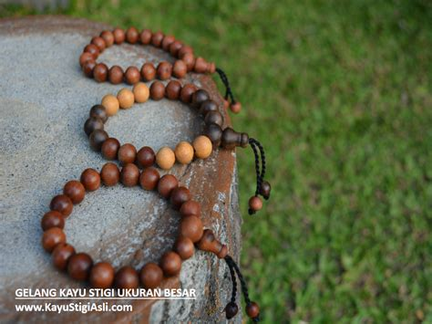 Gelang Kayu Gaharu Cengkeh Papua Grad B Ukuran 10 Mm By Balung Craft jual gelang tasbih kayu stigi asli laut darat hitam coklat