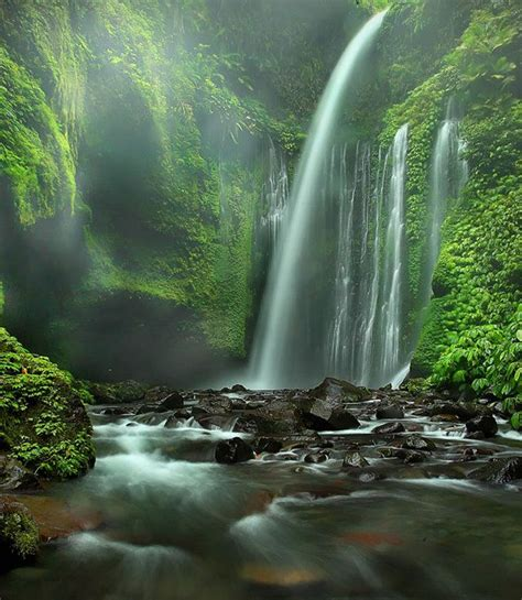 most beautiful waterfalls 10 most beautiful waterfalls check out the list of