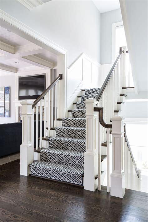 minimalist small foyer  stairs design ideas