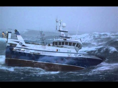 rc boats in big waves terrifying images of fishing boat battered by 30ft waves