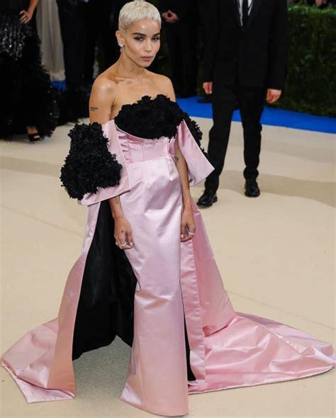 Can Zoe Dress A Real by Zoe Kravitz In Pink Oscar De La Renta Gown With Real Black