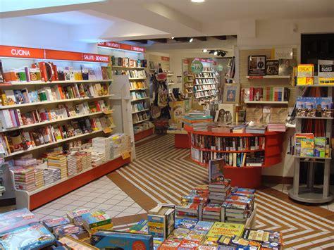 librerie mondadori la libreria libreria mondadori borgo d oro bergamo