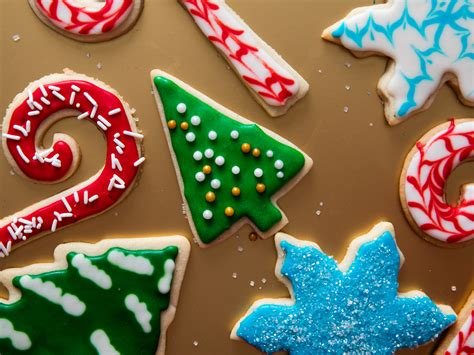 a royal icing tutorial decorate christmas cookies like a